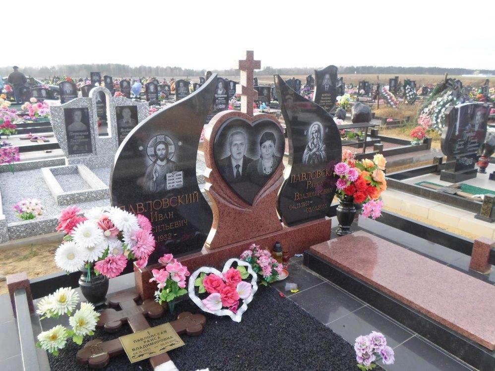Могильный фигурный памятник для супружеской пары
