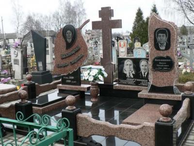 Элитный надгробный памятник из гранита для всей семьи