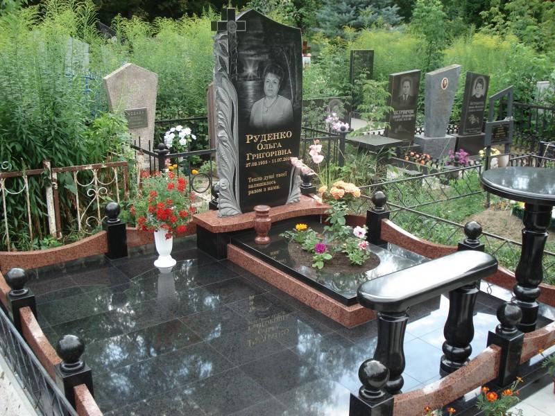 Элитный комбинированный памятник на могилу матери