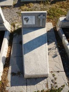 Памятник из мраморной крошки с плитой