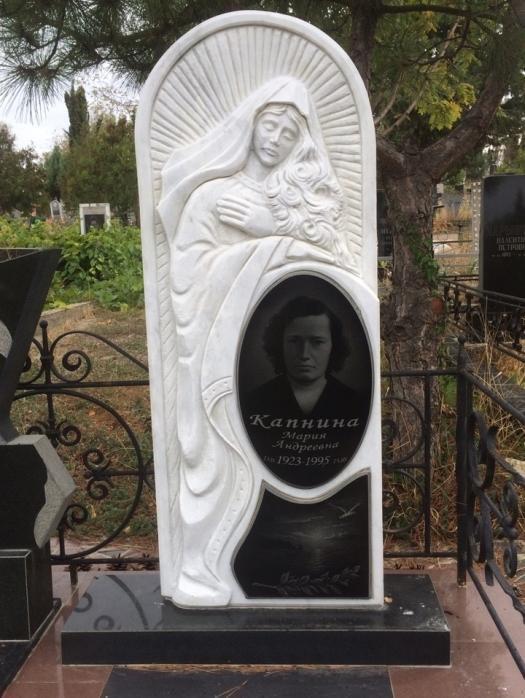 Надгробный памятник на могилу матери