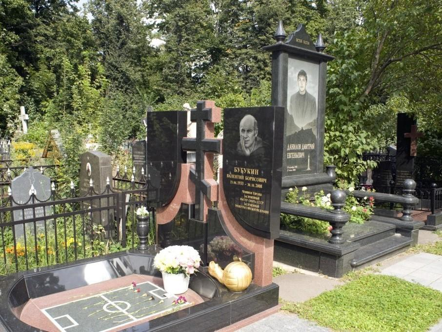 Эксклюзивный могильный памятник для двоих
