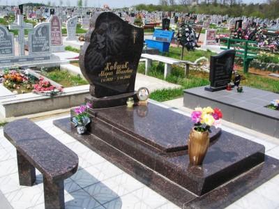 Вазы для одинарного гранитного памятника