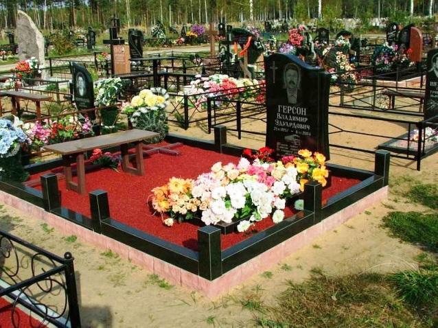 Цветной щебень для надгробного памятника