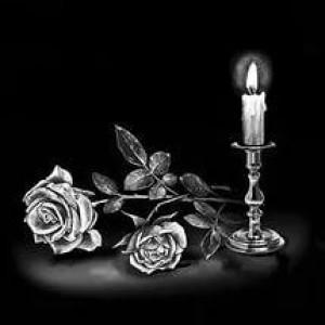 Гравировка свечи и роз на памятник СВН20