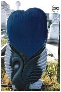 Стандартная стелла с резным лебедем №292