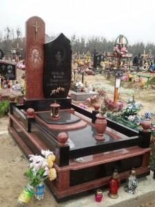 Лампадки и вазы для надгробного памятника