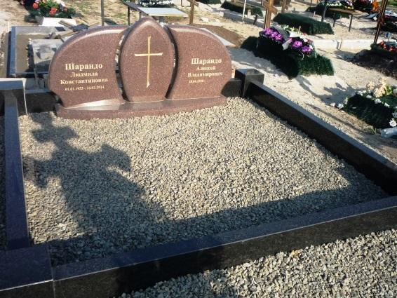 Двойной памятник из токовского гранита