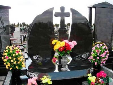 Серая гранитная ваза для черного надгробного памятника