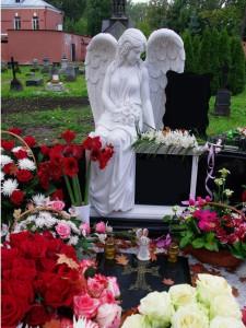 Скульптура ангела для элитного памятника
