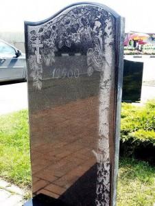 Гравировка березы для черного надгробного памятника