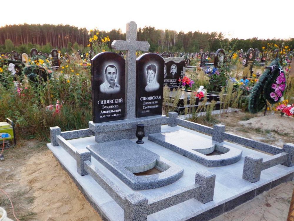Покостовский гранит для двойного памятника