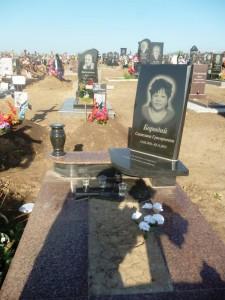 Памятник на могилу маме фото